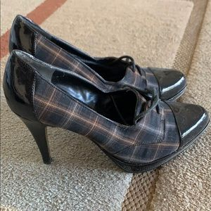 Oxford High Heels. Size 7